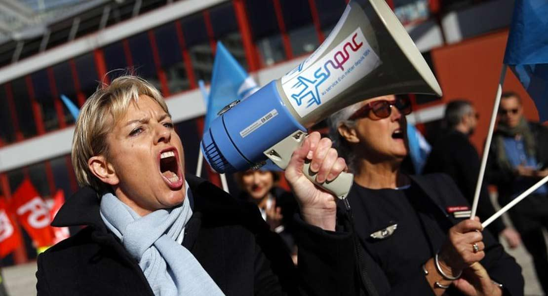 Air France cabin crew on strike
